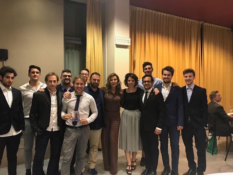 Forza italia a cena con i parlamentari squeri palmizio e for Parlamentari forza italia